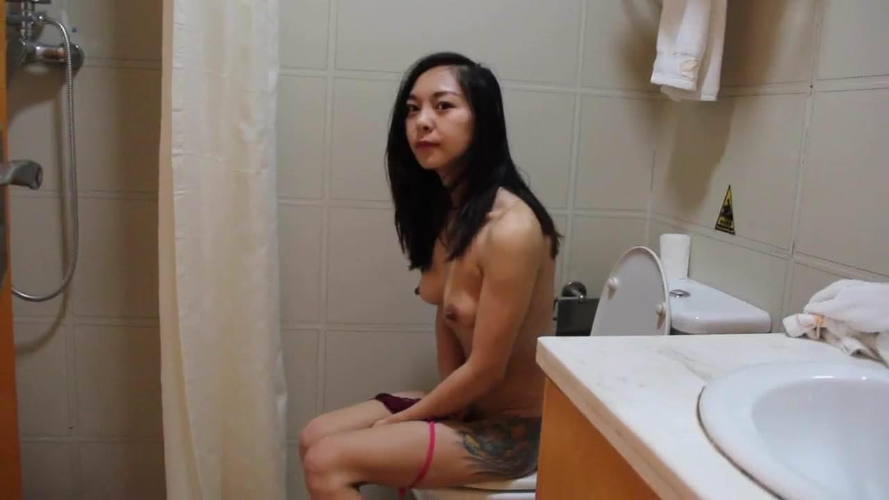 Nguyen bao ngan 1998 voi chong cua minh - 4 9