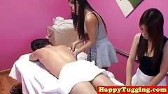 Oriental masseuse facesitting in ffm massage