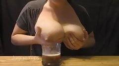 Mi mamita me sirve cafe con leche's Thumb