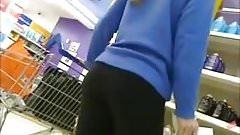 Lovely arse in leggings