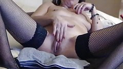 French Cougar Camgirl's Thumb