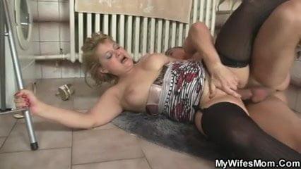 Lesbian using double dildo