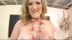 Worship Mistress Vixen