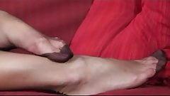 BEAUTIFUL LEGS IN FF NYLONS