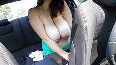 Sexy Chubby changing in her Car