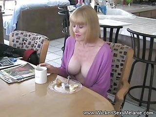 Download video bokep Nasty XXX Fun With granny Mp4 terbaru