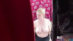 Imagen Hiding in the closet and peeping on stepmom POV