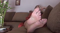 Mommy sexy nice soles