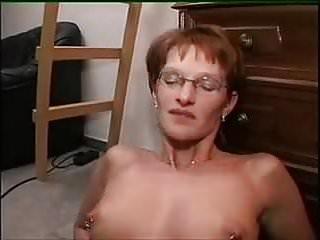 MAMAN SEfaitfisterpar sa salope defille blonde