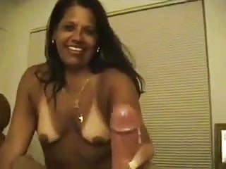 hotwife latin Milf takes huge cumshot in her mouth