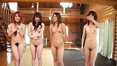 Japanerinnen werden rasiert