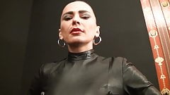A Diva is talking so shut up, listen and obey slave!!!!2