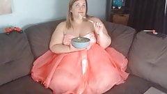 BBW Prom Dress Mukbang