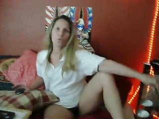 Milf getting ready to play with xhamster fans