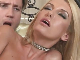 Incredible blonde gets her tight arse hole pounded
