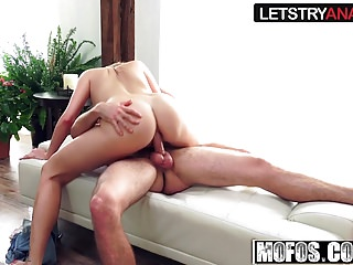Ryan Riesling - Hot Chick Plays - Lets Try Anal