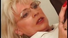 I am Pierced mature with pussy piercings Has her sss pumped