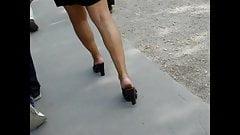 Высокие каблуки скрытой камерой # 36