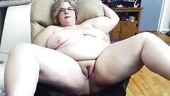 gorda masturbandose
