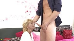Mature mother suck balls and fucks lucky son