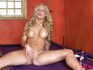 Kayden Kross Plays Pool
