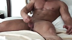 Peter Latz nude bodybuilder