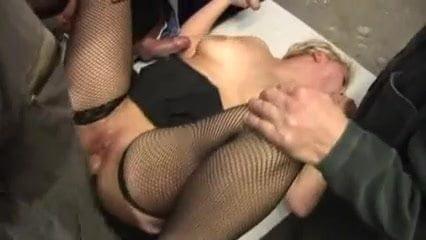 Deutscher Porno - Wir saufen nur Deutsches Sperma