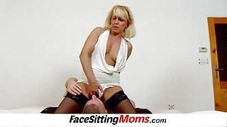 Stockings and cunt licking with lady Koko