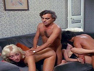 Download video bokep La chatte aux tresors (1984) Mp4 terbaru