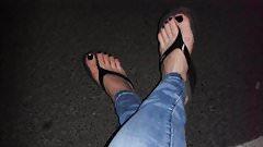flip flops - thongs