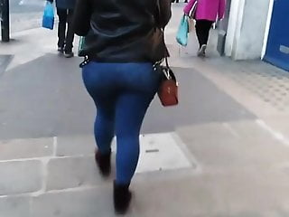 UK Candid Pawg Chav (MUST SEE) CHUNKY LEGS BIG ASS