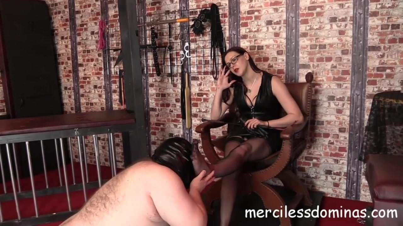gay patong escorts spanking hot ass