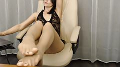 Feet Tease in Pantyhose