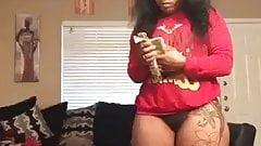 Hot lady cuenta su dinero
