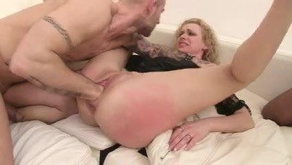 Hot Nude Wife Fucked By Cougar
