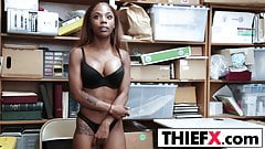 Sultry Black Cutie Stealer Gets Fucked