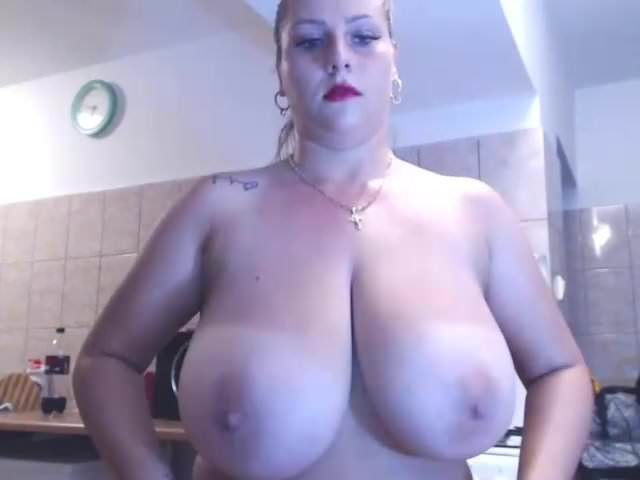 Gorgeous european bbw tittyfucks and fucks dildo