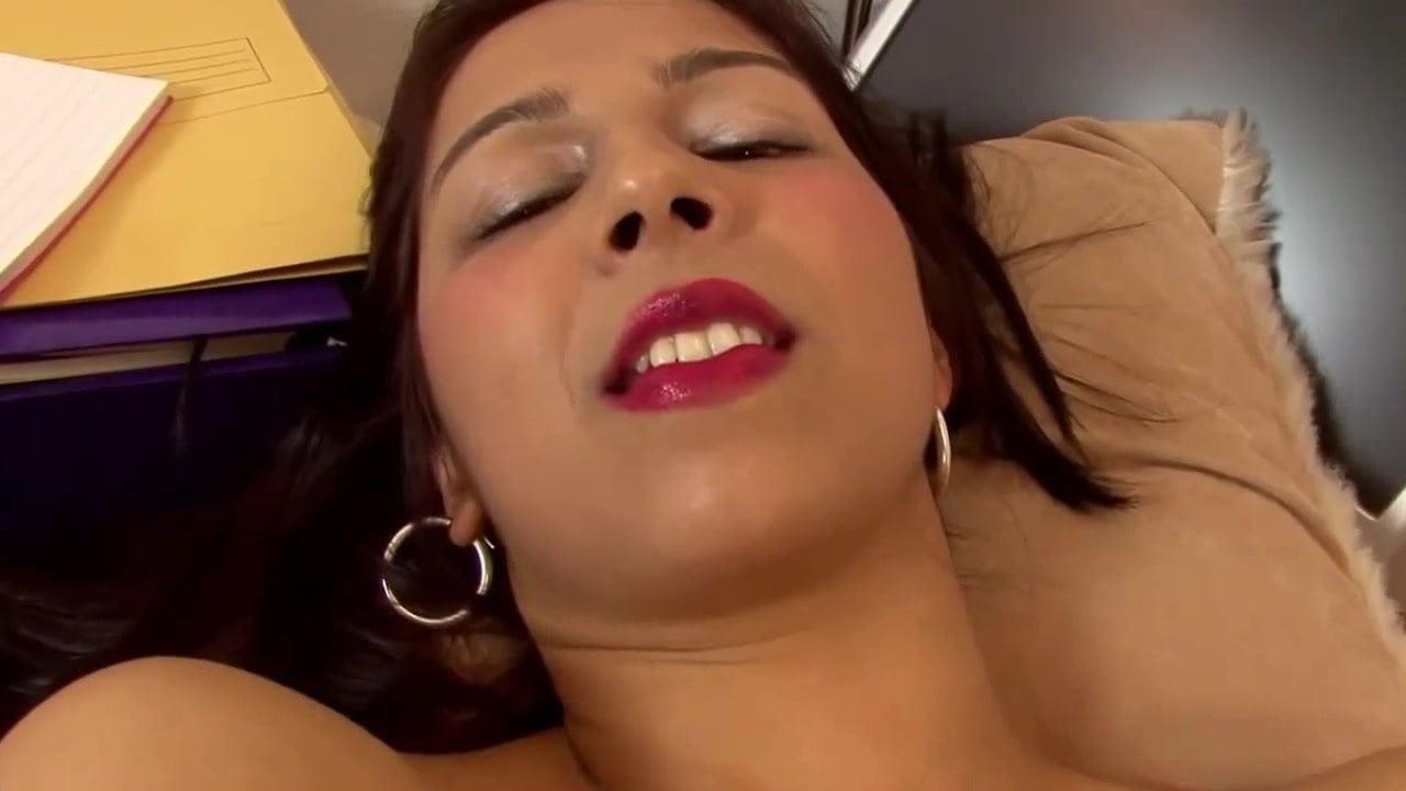 Mrs Khan Brown Moist Pussy In Workplace
