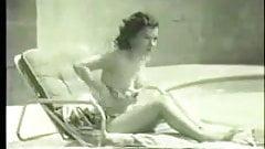 Girl vintage piscine