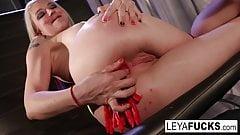 Leya Falcon shows puts candy inside her ass