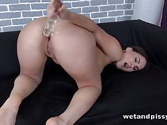 Wetandpissy - The Gusher - Pussy Pissing's Thumb