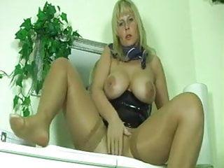 German Milf Dirty Talk Masturbation And Squirt