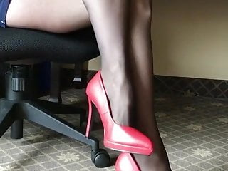 Collants et Talons hauts rouges