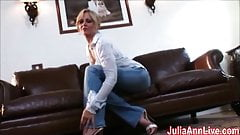 Sexy Milf Julia Ann Cums from Glass Dildo!