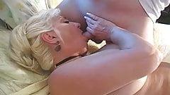 Me encanta ver a la puta Dana Hayes mamar verga como perra