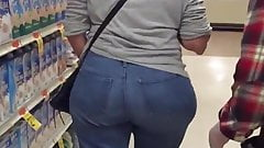 Super WIDE Hips Grocery Store GILF part 1