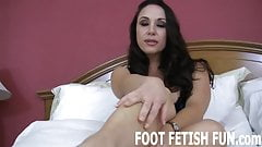 I want to feel your tongue on my soles