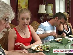 Pussylicking stepmom analized in teen trio