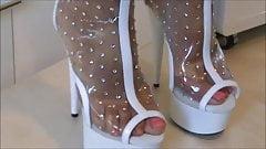 shoeplay my wife feet sweat