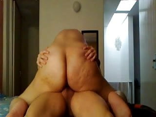 Amateur Big Booty Riding Cock